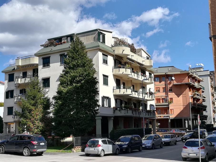 Appartamento box auto e deposito in c da baccanico immobiliare baccanico di giada mottola - Metratura minima bagno ...